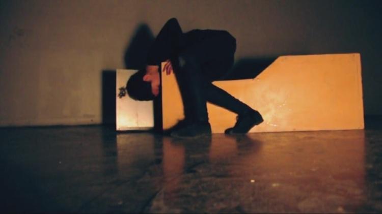 Me(n)tal Skin Cage on Vimeo